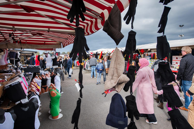 Buitenmarkt weekend markt